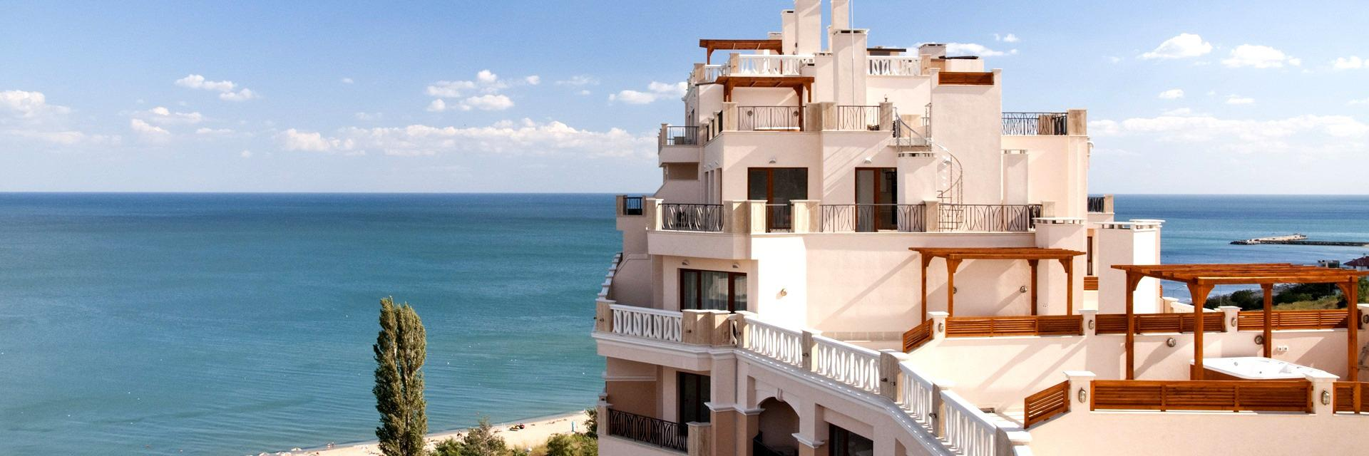 Exclusive two bedroom              beachfront apartment