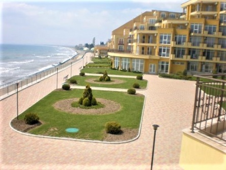 Spacious beachfront penthouse for sale in Bulgaria