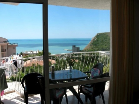 Furnished seaview apartment for sale