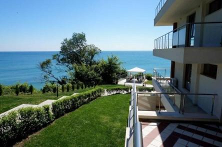 Two bedroom beachfront apartment in Bulgaria