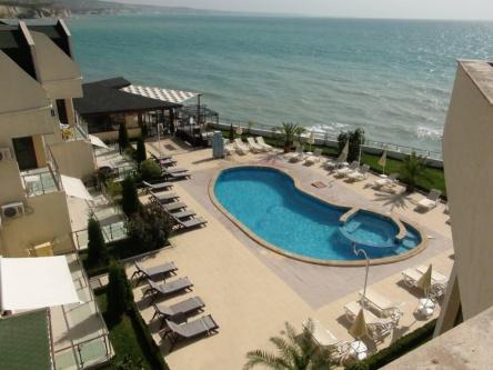Sea front penthouse for sale near Balchik