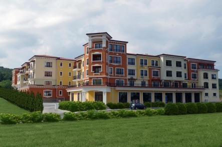 Apartment near beach low price