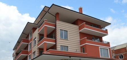 New built apartment in Ravda near beach
