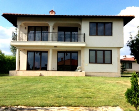 Resale - Individual house at Black Sea Rama Golf Bulgaria