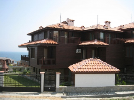 Semi-detached house for sale in Sozopol