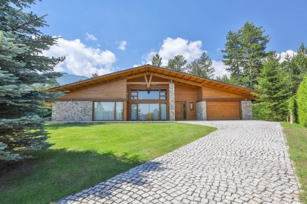 Individual house in Pirin Golf Club Bulgaria with private sauna