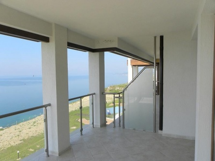 Low price 2 bedroom seaview apartment in Bulgaria
