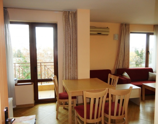 Spacious 1-bed apartment for sale in Sunny Beach