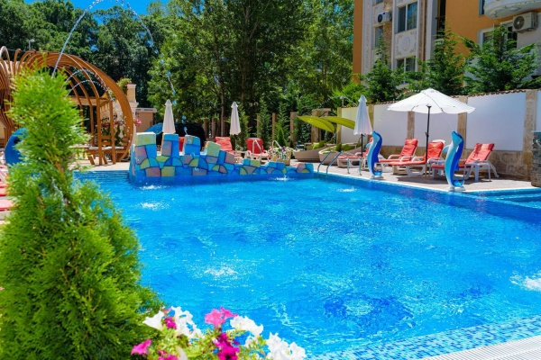 Sunny Beach holiday apartments for sale - low deposit and 2-years payment plan available
