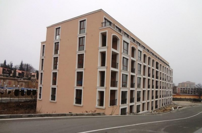 Newly built condos for sale in Elenite, Bulgaria