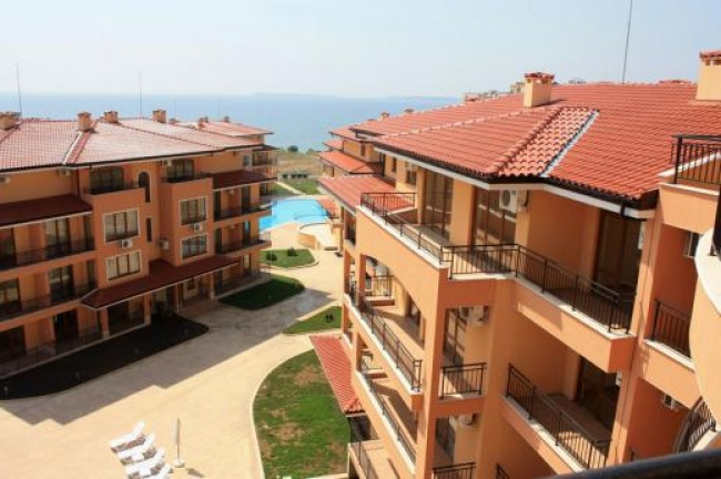 3 bed beach front apartment for sale St. Vlas Bulgaria