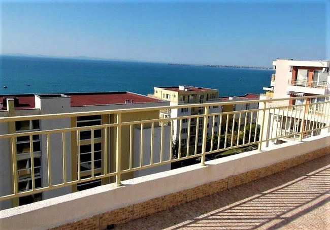 Superb sea view apartment for sale in St. Vlas