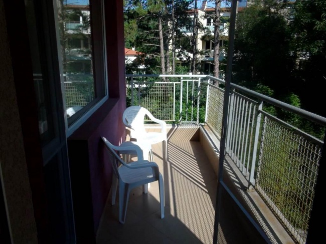 Cheap 2 bedroom apartment Bulgarian sea coast