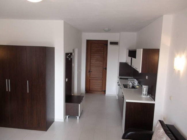 Furnished studio for sale in St. Vlas
