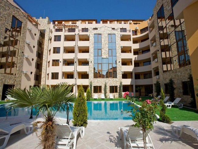 Spacious 2-bedroom apartment for sale in Sunny Beach