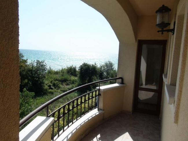 Two bedroom seafront apartment for sale close to Balchik