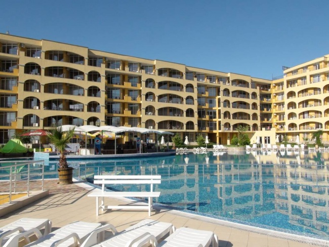 Seaview condo for sale in Bulgaria low price