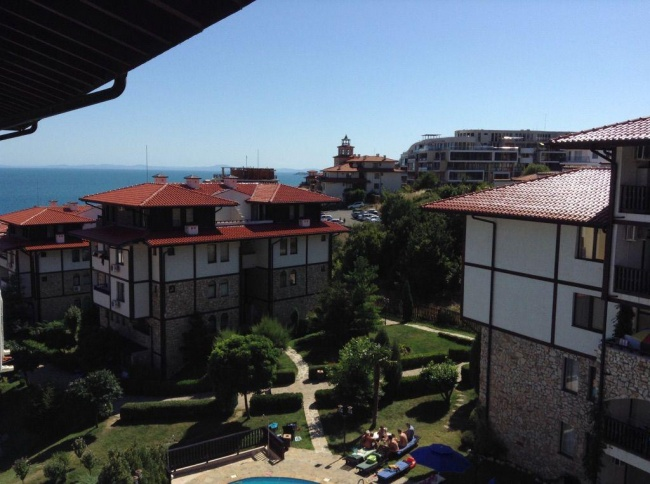 Furnished 2-bedroom apartment in St. Vlas