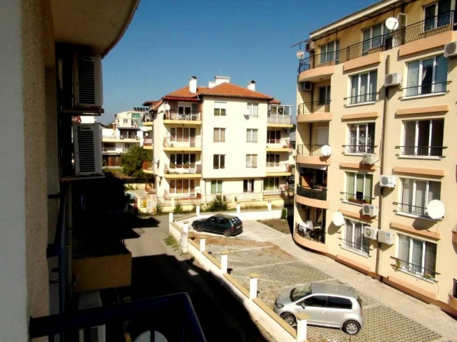 Two bedroom furnished apartment in Bourgas