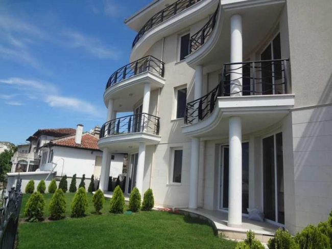 New built apartments for sale in Balchik