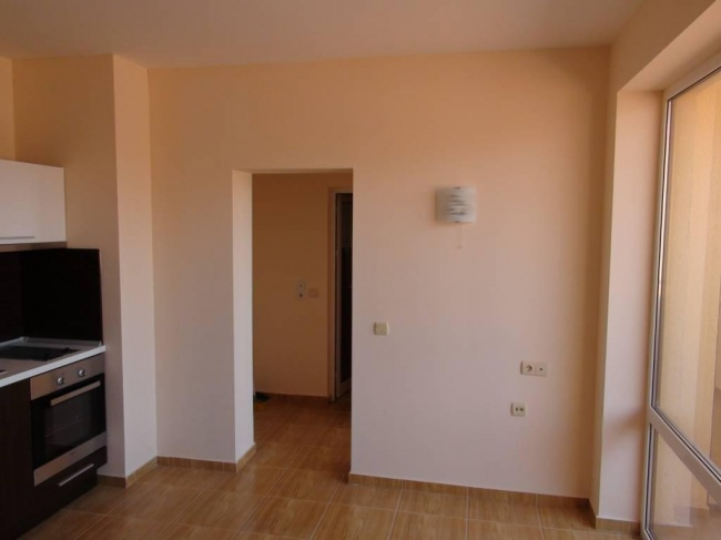 Low priced apartment in St. vlas