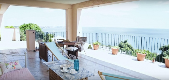 Luxury penthouse for sale on the Bulgarian sea coast