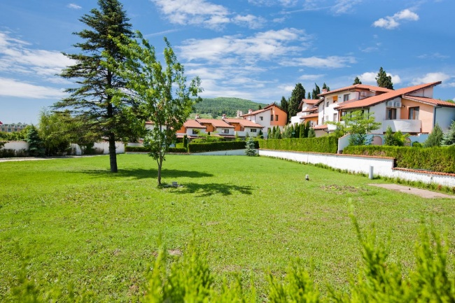 2 bedroom townhouse for sale close to Albena beach