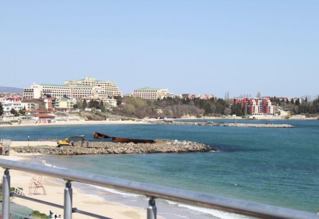 2 bedroom beach apartment near Nessebar