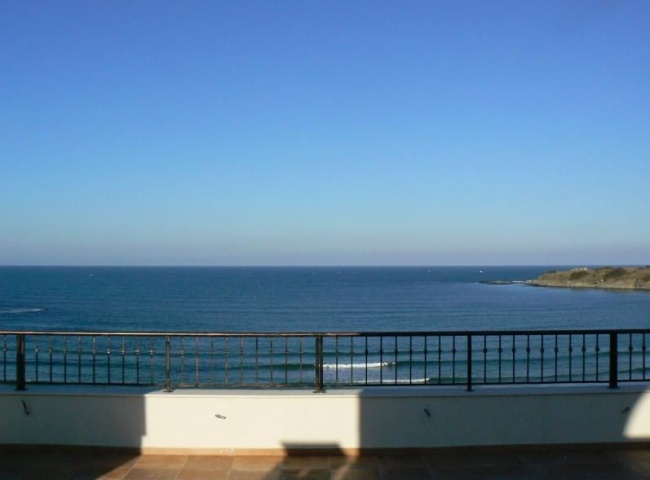Beach front holiday apartments for sale in Bulgaria