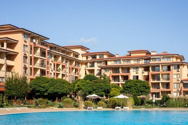 Spacious 2 bedroom apartment for sale in Magic Dreams apart hotel - St Vlas