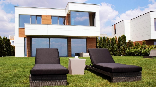 Contemporary beach house for sale in Bulgaria - Bourgas