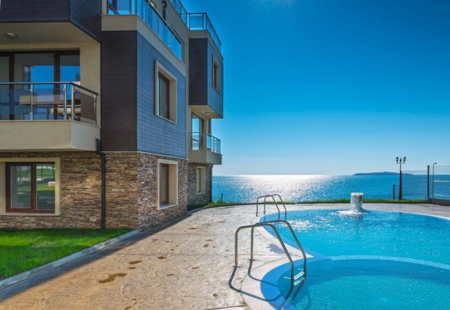 Seafront condos for sale Bulgaria