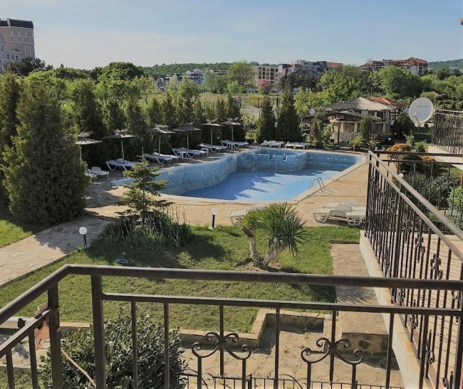 Sea apartment in St. Vlas low price