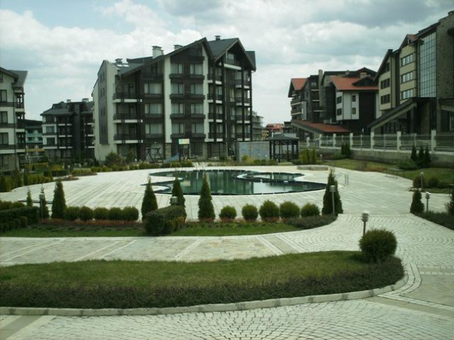 Low priced resale ski apartments in Bansko
