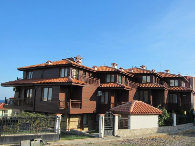 Semi-detached house for sale in Sozopol