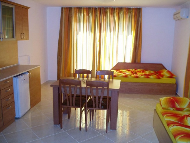 Furnished apartments for sale in St Vlas Bulgaria