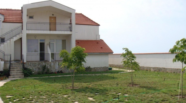 Spacious 6-bedroom house near Black Sea Rama golf course