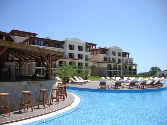 Green Life Beach Resort - luxury apartments for sale near Sozopol
