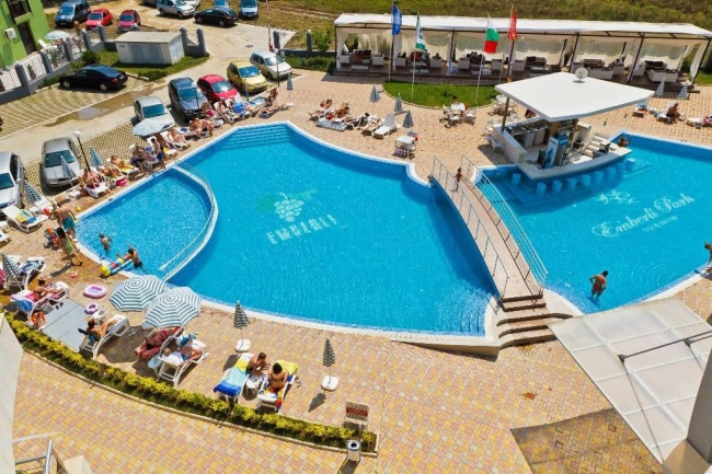 Furnished 2 bedroom apartment Bulgarian sea coast Lozenets attractive price