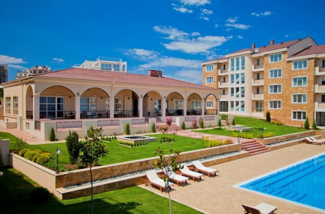 New apartments and penthouses for sale in Chernomorets