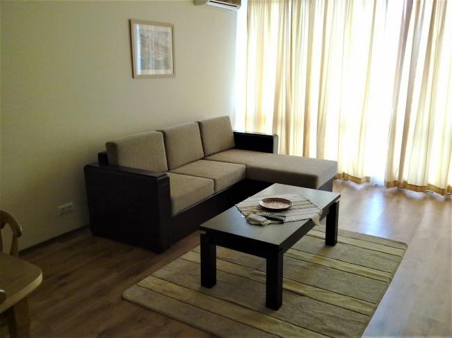 For sale modern apartment in Balchik overlooking the yachtport