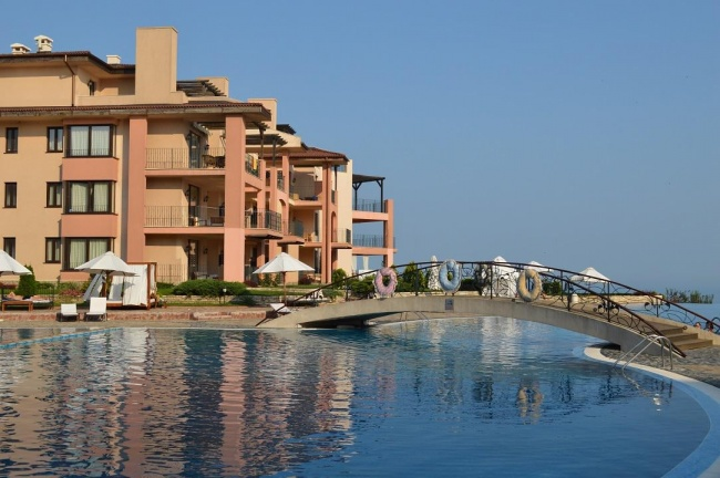 Furnished 1 bed apartment for sale in Kaliakria resort - low price