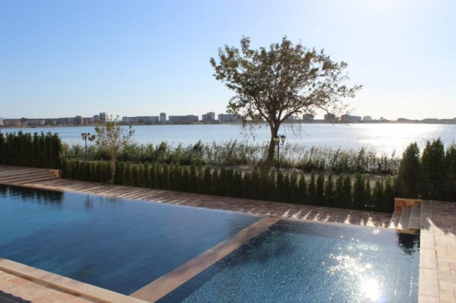 Seaview condos for sale in Pomorie near Bourgas