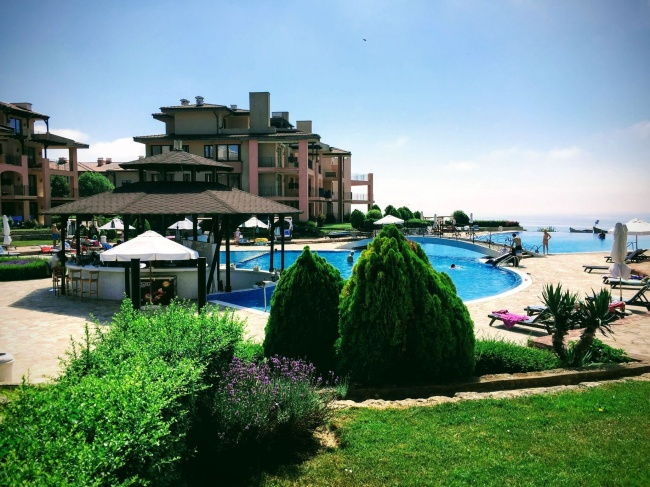 Furnished two bedroom apartment in Kaliakria resort