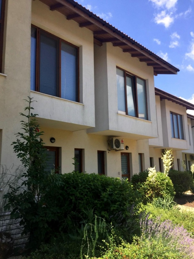 Low priced villa for sale at Lighthouse golf Balchik