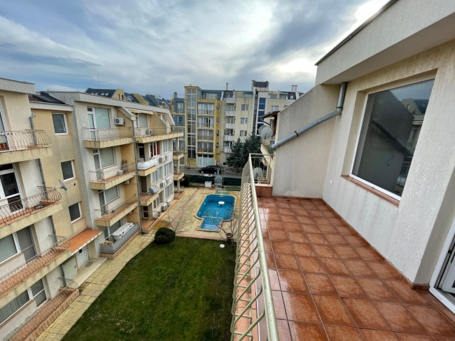Low priced 2-bed apartment sale in Sunny Beach