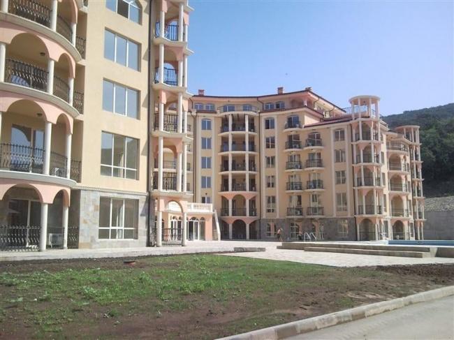 Hotel suites for sale in Elenite