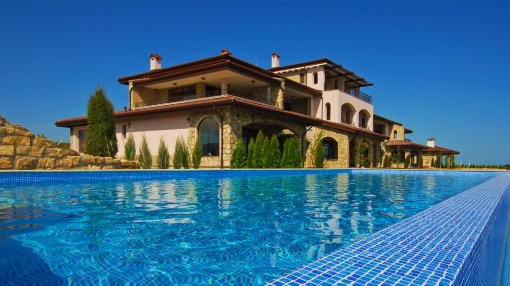 Exclusive penthouse for sale at Black Sea Rama Golf Resort