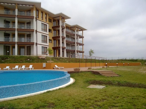 1 bed apartment for sale with sea views