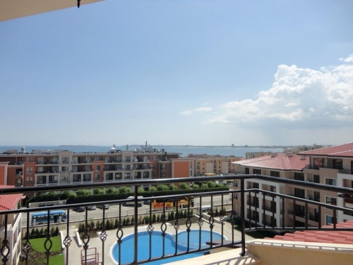 Seaview 2-bedroom condo in Bulgaria